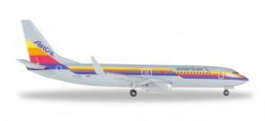 Air Cal 737-800 American Retro Boeing 737-800 Winglets Reg# N917NN Herpa 529631 1:500