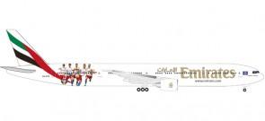 Emirates Boeing 777-300ER Hamburger SV FC registration A6-EPS Herpa 530880 Scale 1:500
