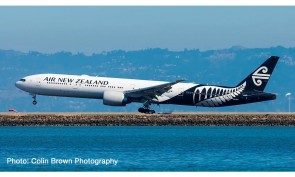 Air New Zealand Boeing 777-300 New Livery Herpa 534536 scale 1:500