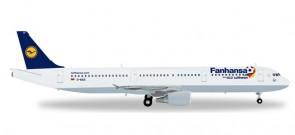 "D-AIDG 556750  Lufthansa Airbus A321 ""Fanhansa"" 1:200 Herpa"