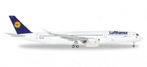 Lufthasna A350 XWB Reg# D-AIXA Herpa 557801 Scale 1:200