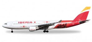 Iberia Airbus A330-200 Madrid Heart pf Spain New Livery EC-MIL Herpa 558624 Scale 1:200