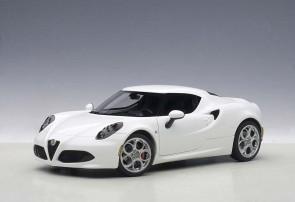 Glossy White Alfa Romeo 4C Die-Cast AUTOart 70185 Scale 1:18
