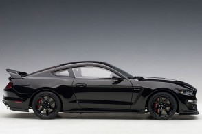 Shadow Black Shelby Mustang GT-350R with Black stripes AUTOart 72934 Scale 1:18