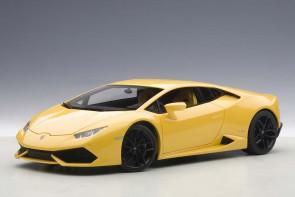 Pearl Effect Composite Lamborghini Huracan LP610-4 AUTOart 74604 Die-Cast Scale 1:18
