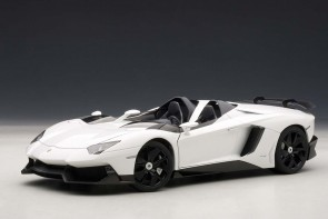 Lamborghini Aventador J (Roadster) White 74674 AUTOart die-cast scale model 1:18