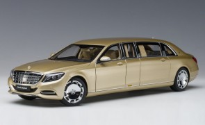 Gold Maybach Mercedes S600 Pullman die-cast AUTOart 76298 scale 1:18