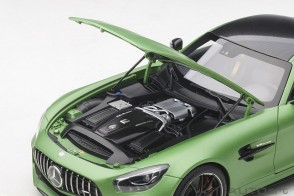 Green Mercedes AMG GT R Green Hell Magno/Matt Metallic Green AUTOart 76333 scale 1:18
