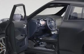 Black Nissan Juke R 2.0 Matt AutoArt ** 77458 die cast Scale 1:18
