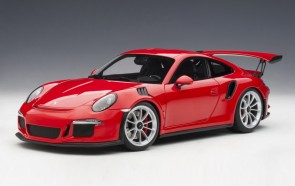 Porsche 991 Guards Red w silver wheels AUTOart 78165 scale 1:18
