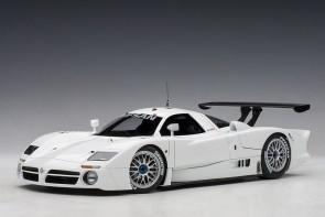White Nissan R390 GT1 Lemans 1998 Limited 500 pcs Worldwide AUTOart AU89877 scale 1:18