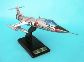 USAF F-104C Starfighter Scale by Executive Series 1:32