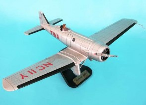 Northrop Alpha TWA by Executive Series 1:24 TWA Northrop Alpha Item: ESAG015 scae 1:24  Mahogany or resin carved scale model