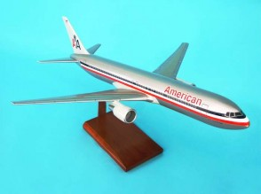 American 767-300 1/100 OLD LIVERY (KB767AATR)