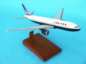B-777 United **NEW LIVERY**