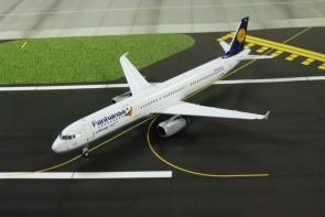 Special Release Lufthansa/Fanhansa A321 Sharklets Reg# D-AIDG Phoenix 1:400