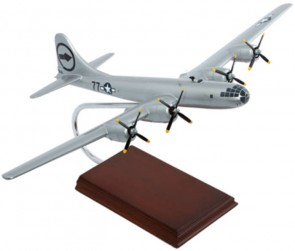 "B-29 Superfortress ""Bockscar""  USAF Executive Display Crafted Models a3172 Scale 1:72"