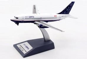 AeroPeru Boeing 737-200 OB-1711 El Aviador/InFlight with stand EAV1711 scale 1:200