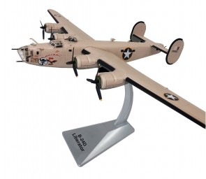 New Mould! B-24D Liberator w/stand AirForce1 models AF1-0157 scale 1:72