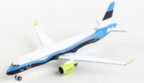 "Air Baltic Airbus A220-300 ""Estonia"" YL-CSJ Herpa 533942 scale 1:500"