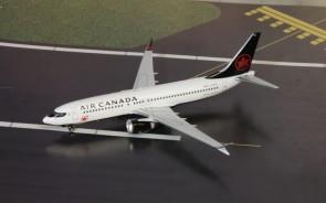 Air Canada Boeing 737-8max C-FSJH Phoenix die-cast 04242 scale 1400