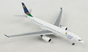 Air Namibia Airbus A330-200 V5-ANO Herpa 533683 scale 1:500