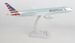 American Boeing 787-9 Dreamliner N820AL with WiFi Radome, gears and stand Hogan HG11199G scale 1:200