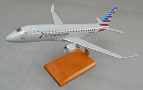American Embraer ERJ-175 N220NN Executive Series G11472 crafted desktop model scale 1:72