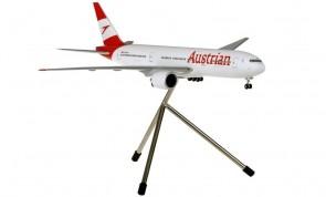 Austrian Boeing 777-200 OE-LPF tripod & gears Hogan HGAUA001 scale 1:200
