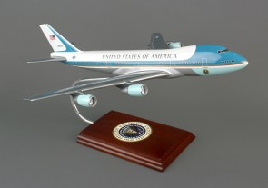 Executive Series VC25 B747-200 Air Force One B11244 Scale 1:144