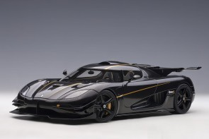 Black Koenigsegg One:1 color: Clear Carbon with black interior 79019 AUTOart 1:18
