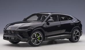Black Lamborghini Urus Nero Noctis/Gloss Black AUTOart 79165 scale 1:18