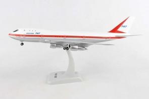 Boeing House Boeing 747-100 N7470 gears & Stand Hogan HG11014G 1:200