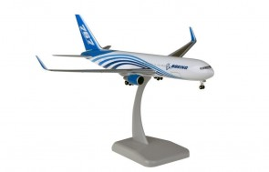Boeing House livery 767-300BCF with gear Hogan HG10987G scale 1:200