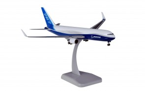 Boeing House new livery 767-300F with gear Hogan HG3770GR scale 1:200