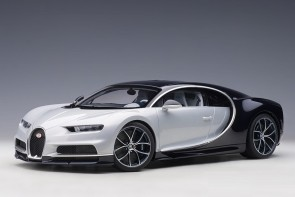 Bugatti Chiron 2017 color: Glacier White/Atlantic Blue AUTOart 12112 scale 1:12