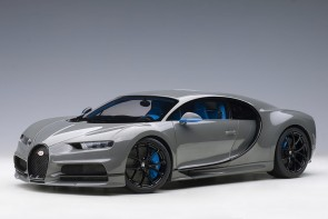 Bugatti Chiron 2017 color: Jet Grey Black AUTOart 12114 scale 1:12