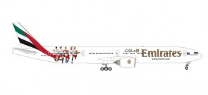 Emirates Boeing 777-300 A6-EPS