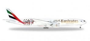 "Emirates Boeing 777-300 A6-EPS ""Hamburg SV"" Herpa 559034 scale 1:200"
