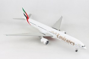 Emirates Expo Boeing 777-300ER A6-ENV gears and stand Skymarks Supreme SKR9402 scale 1-100