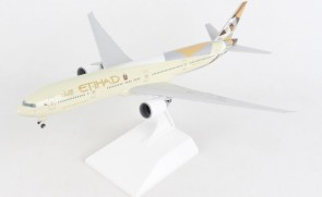 Etihad Boeing 777-300 A6-ETA with gears and stand Skymarks SKR1067 scale 1:200