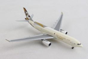 Etihad Cargo Airbus A330-200F Herpa Wings die cast 532716 scale 1:500