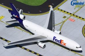 FedEx Express McDonnell Douglas MD-11F N604FE Gemini Jets GJFDX1974 scale 1:400