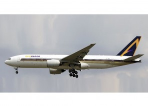 Flaps down AlisCargo Airlines B777-200ER EI-GWB JC Wings LH4LSI265A scale 1:400