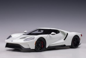 Ford GT 2017 Frozen White AUTOart 72941 die-cast scale 1:18
