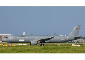 Germany Air Force Airbus A321neo 15+10 with stand JCWing LH2LFT331 scale 1:200