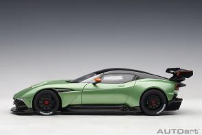 Green Aston Martin Vulcan Apple Tree Green Metallic AUTOart 70263 die-cast scale 1:18