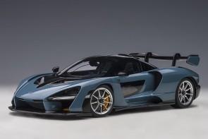 Black McLaren Senna stealth cosmos/black die-cast AUTOart model 76076 scale 1:18