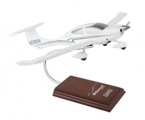 Diamond DA40 H11724 Executive Series Desktop model Scale 1:24
