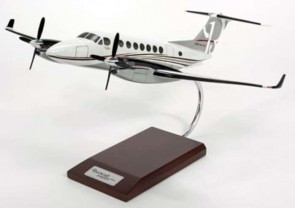 Beechcraft Super King 350i Executive Resin Crafted Model H12032 Scale 1:32